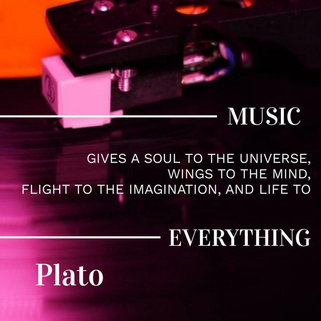 Music gives soul - Max Vinyl